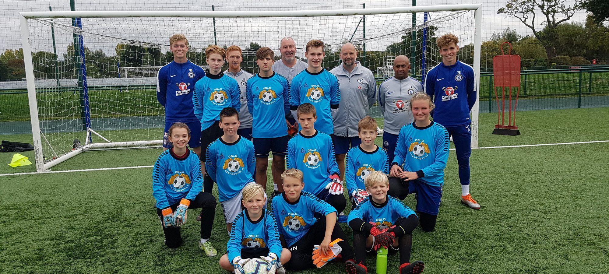 Oslo Keeperskole på besøk hos Chelsea fotballklubb